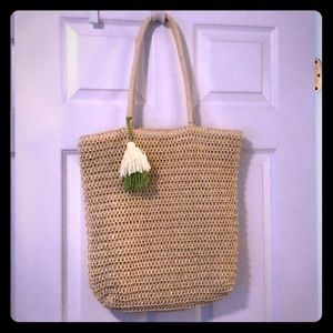 Straw woven bag. NEW